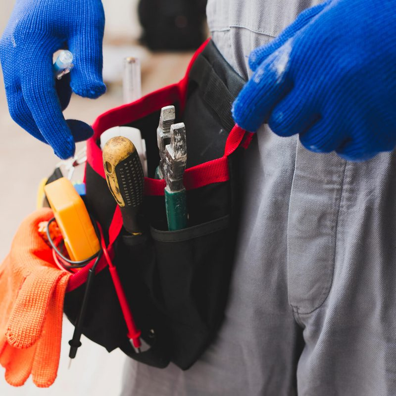 residential electrician calgary - specializing renovations & restorations